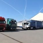 26 04 2012 15 h einige LKW's zum Verladen Arena Ilshofen