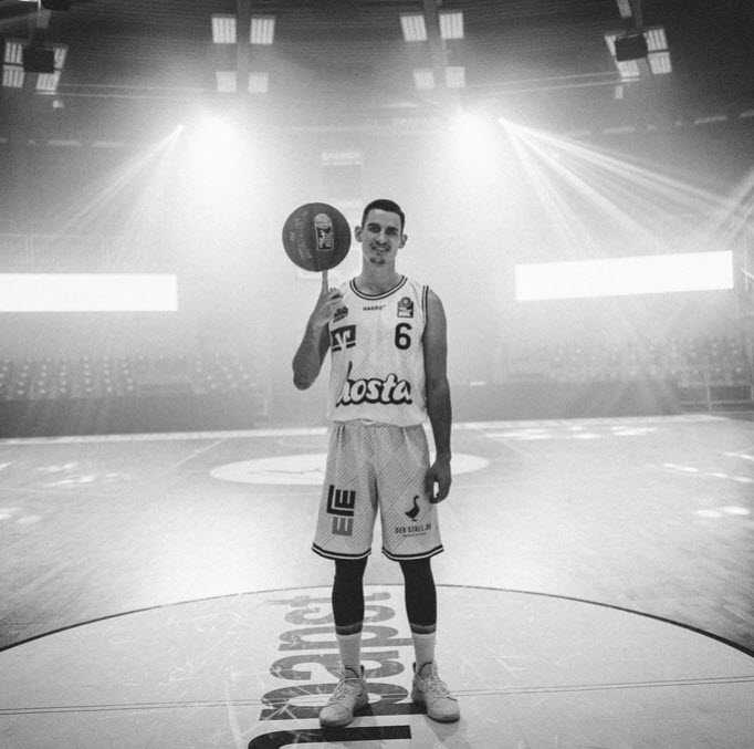 FIBA EUROPE CUP HAKRO MERLINS vs. Peristeri Athen
